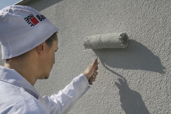 Malowanie renowacyjne - recepta na odświeżenie elewacji